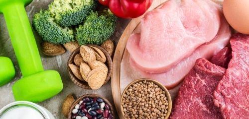 Правилно хранене за уголемяване на мускулите без трупане на мазнини.