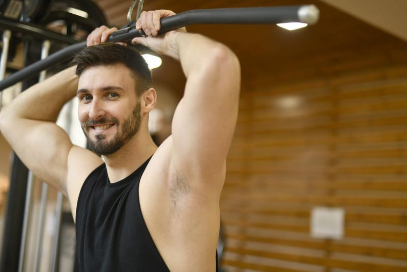 Избирайте правилните упражнения за тренировката си за бицепс, за да увеличите размера на мускулите си.