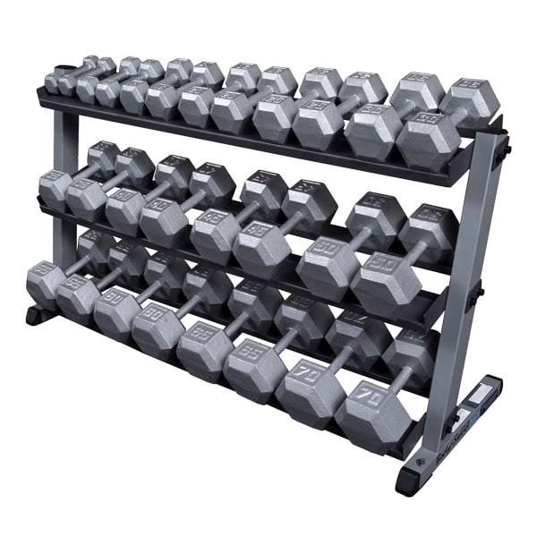 Дъмбелите и гирите са важна част от фитнес подготовката за всеки спортист