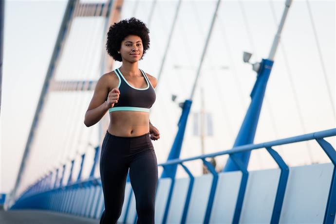 Бягане на къси и на дълги разстояния след силов тренинг.
