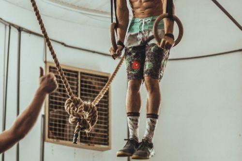 Гимнастическите халки се използват много в кросфит тренировките.