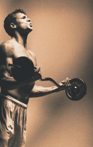 Крив лост за щанга, за кои упражнения е подходящ при силови тренировки?