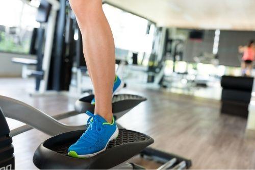 Елиптичен тренажор е ефективен домашен фитнес уред за отслабване, който подобрява и състоянието на сърдечно-съдовата система, без да натоварва ставите.