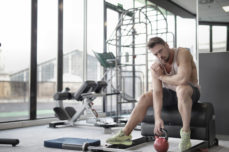 Тренирайте ръцете си и бицепсите си най-много 30 минути до изнемощяване.