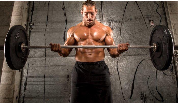 Вдигане на тежести в опеделена степен от максимума Ви ще Ви помогне да увеличите размера и силата на мускулите Ви.