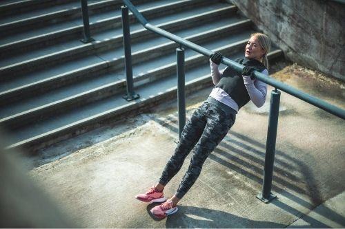 Силовите упражнения не причиняват напълняване, дори напротив - помагат за отслабване при жените.