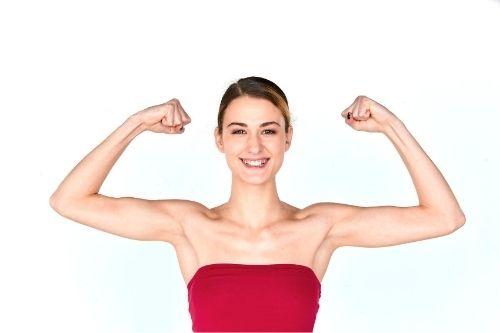 Силовите тренировки за жени няма да ги направят като културист, ще стегнат тялото и ще му придадат приятен мускулен релеф.