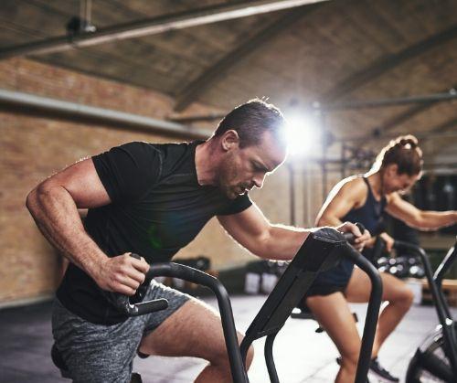 Кардио уредите за фитнес тренировки пкмагат за отслабване, за укрепване на сърцето и профилактика на сърдечни болести.