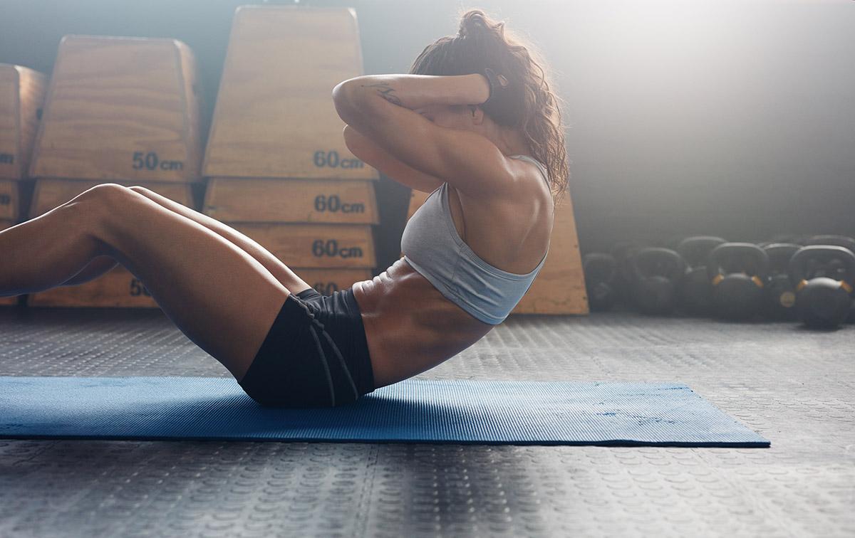 Не е задължително да се правят постоянно коремни преси за стягане на коремните мускули.