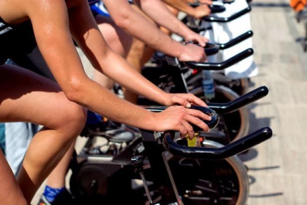 За успешно горене на мазнини трябва да увеличавате кардио натоварването си постепенно.