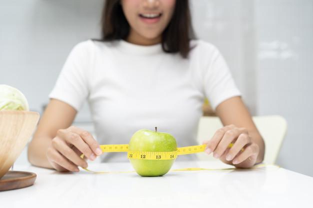 За правилно отслабване калорийният прием не трябва да е прекалено малък