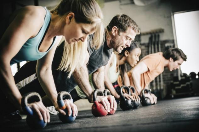 Кросфит е направление в спорта за развиване на цялото тяло чрез високо интензивни тренировки