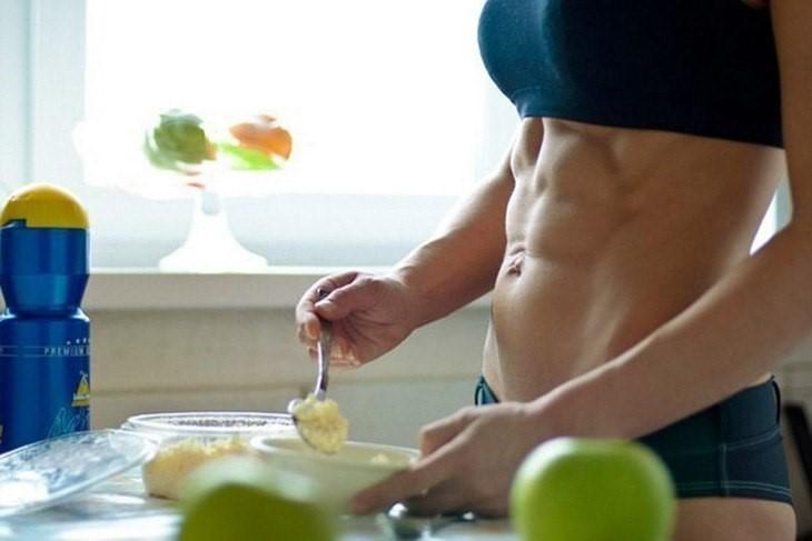 Правилно хранене 2-3 часа преди тренировка гарантира енергия и след приключването ѝ.