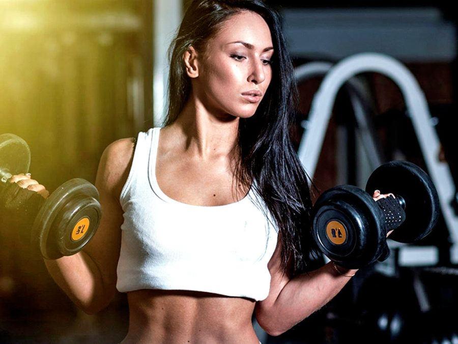 Подходящо за начинаещи е да започнете с две серии по 15 повторения и да тренирате във фитнеса 3-4 пъти седмично.