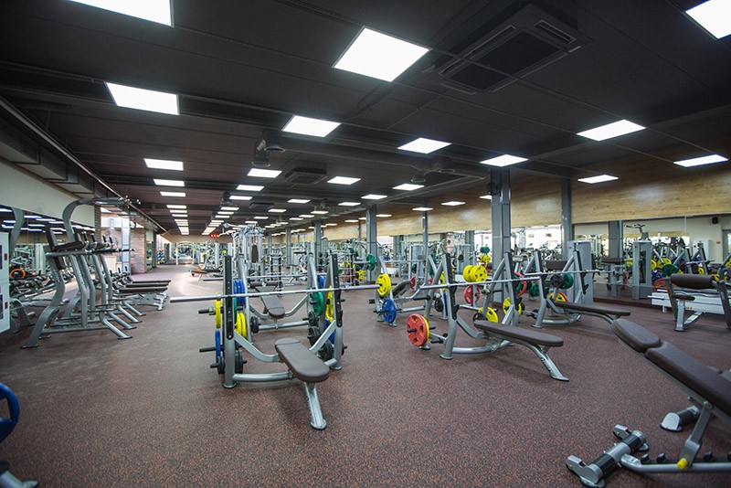 Фитнес зала близо до дама е гаранция, че ще посещавате регулярно тренировките.