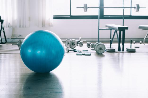 Гумени настилки за фитнес центрове на руло - цена и монтаж.