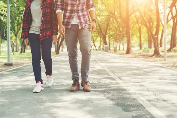 Макар физическите ползи да са забележителни, умственият тласък, който може да бъде събран от добавянето на разходка в ежедневието Ви, може да бъде незабавен.