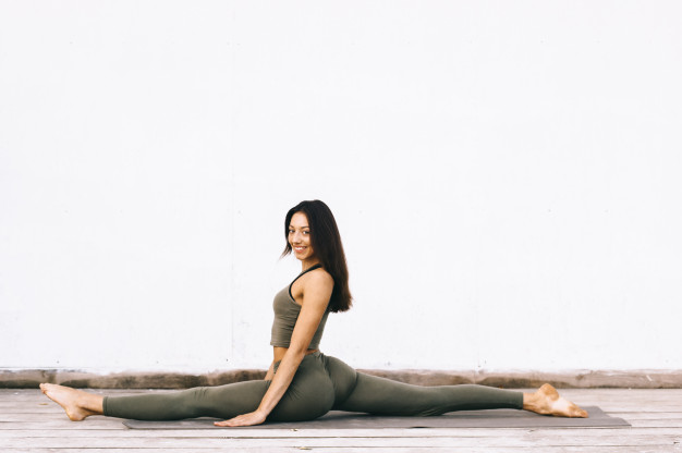 Йогалатес подобрява здравето на тялото и психиката, помага за отслабване и намаляване на стреса