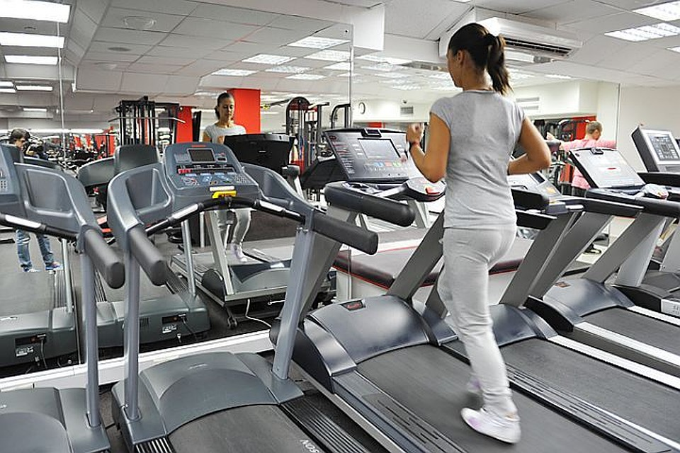Жените предпочитат да тренират на кардио уреди, а мъжете - на силови.