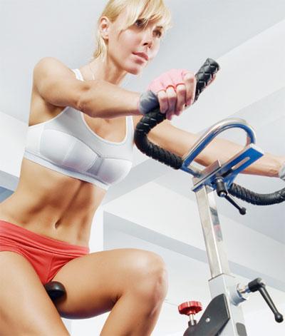 Велоергометърът е перфектен кардио уред за горене на мазнините и стягане на фигурата.