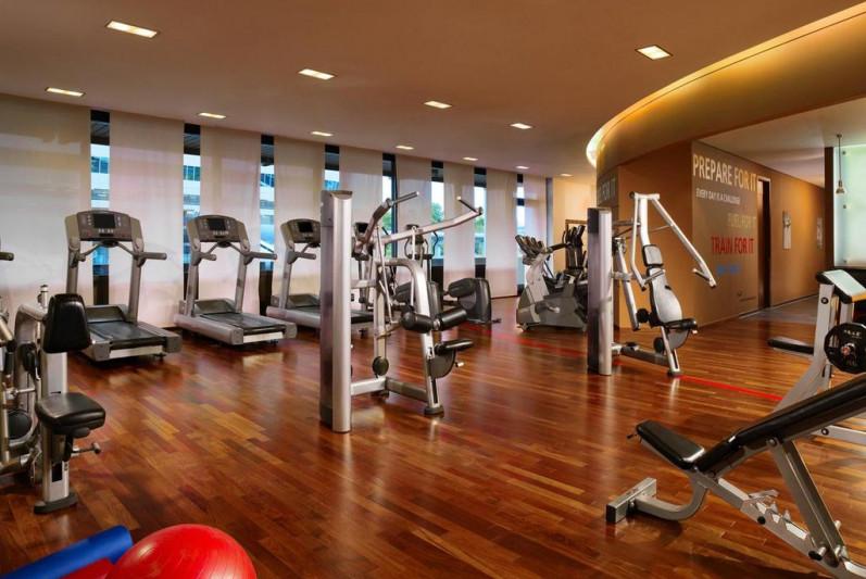 Едни от най-добрите фитнес центрове към хотели са тези в хотелите Шератон.