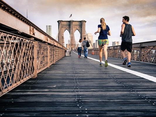 Тичането е лесен и приятен начин да изгорите малко калории.