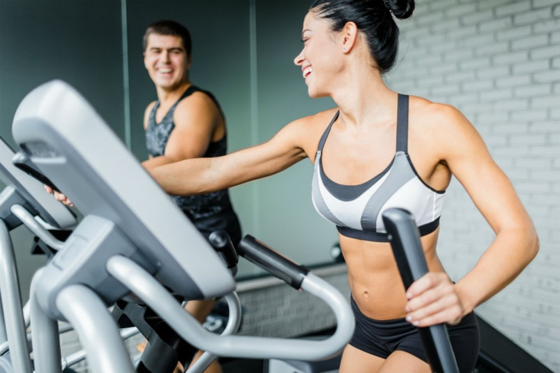 В зависимост от нивото, интензивността на тренировката за отслабване на елиптичния тренажор е различна.