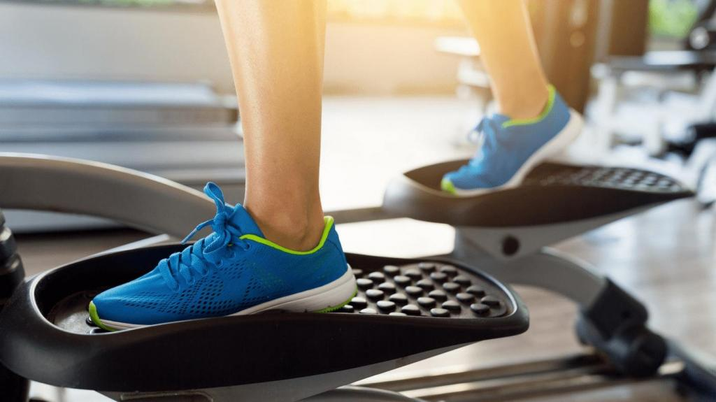 При тренировките за отслабване на елиптичен тренажор е много важно да се тренира правилно и разположението на тялото да е правилно.