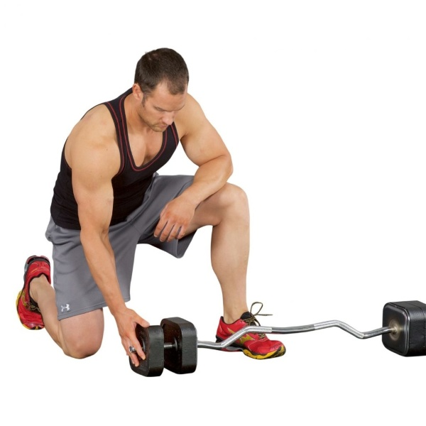 Кривият лост - EZ-лост е предназначен да намали натоварването при силови упражнения.